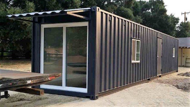 20ft modified shipping container with windows and sliding door
