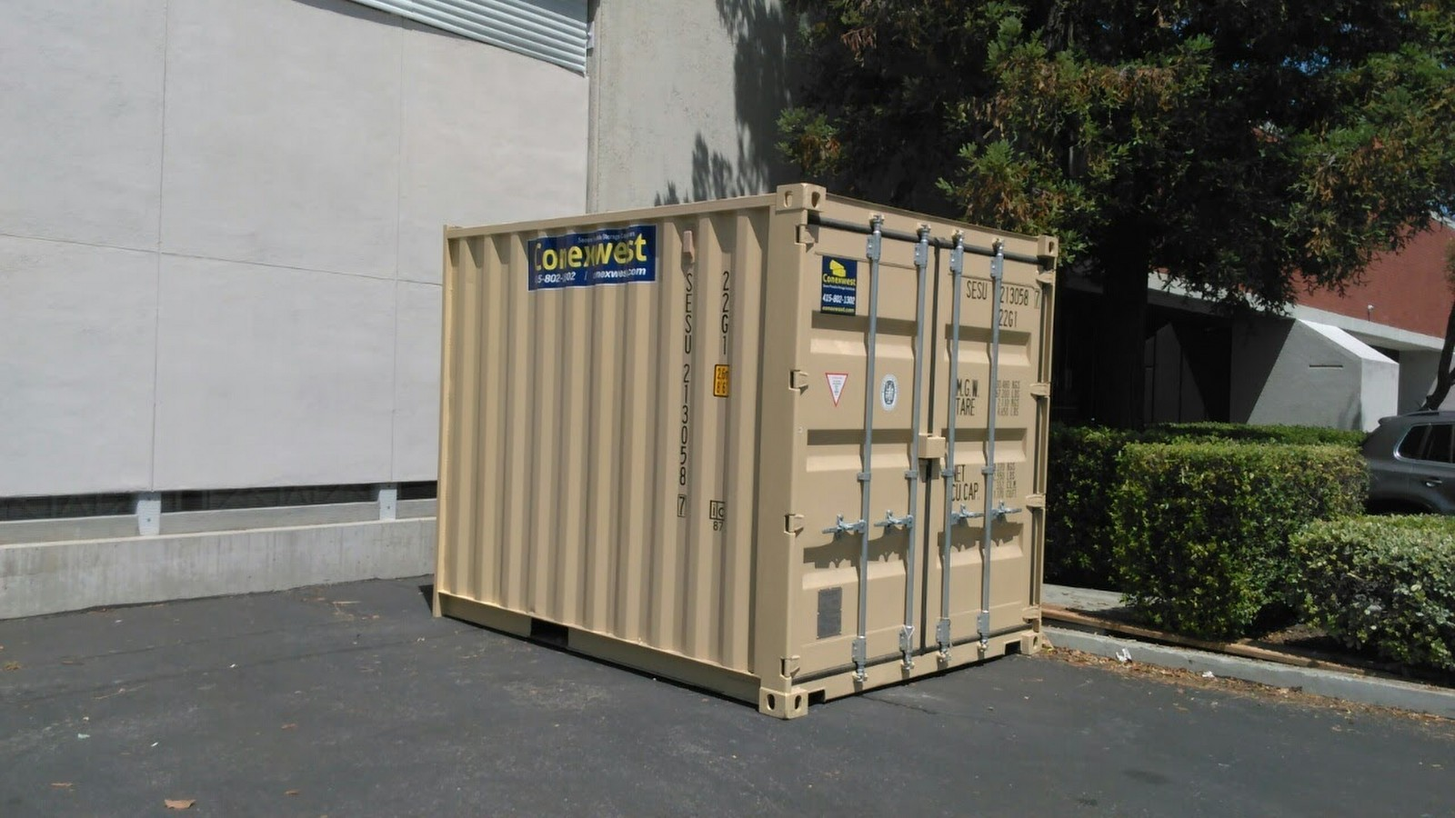 10 foot storage container and shipping container cream color outside