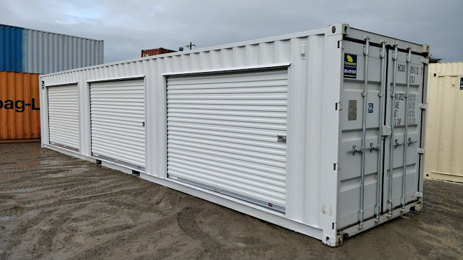 40' Storage container with 3 roll up doors for sale