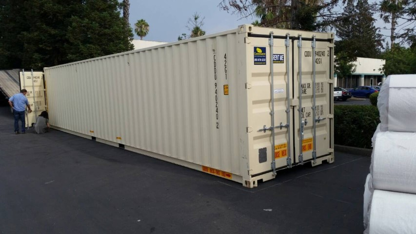 40' Shipping container with cargo doors on both ends for rent