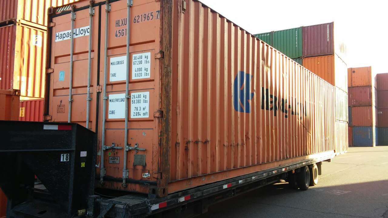 Buy Shipping Containers in Memphis, Tennessee.