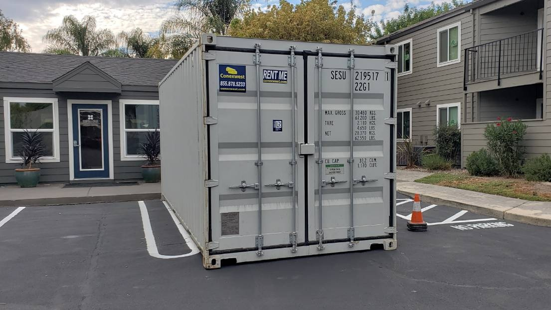 20' Storage container rental.
