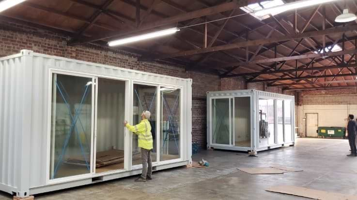 20ft shipping container with windows