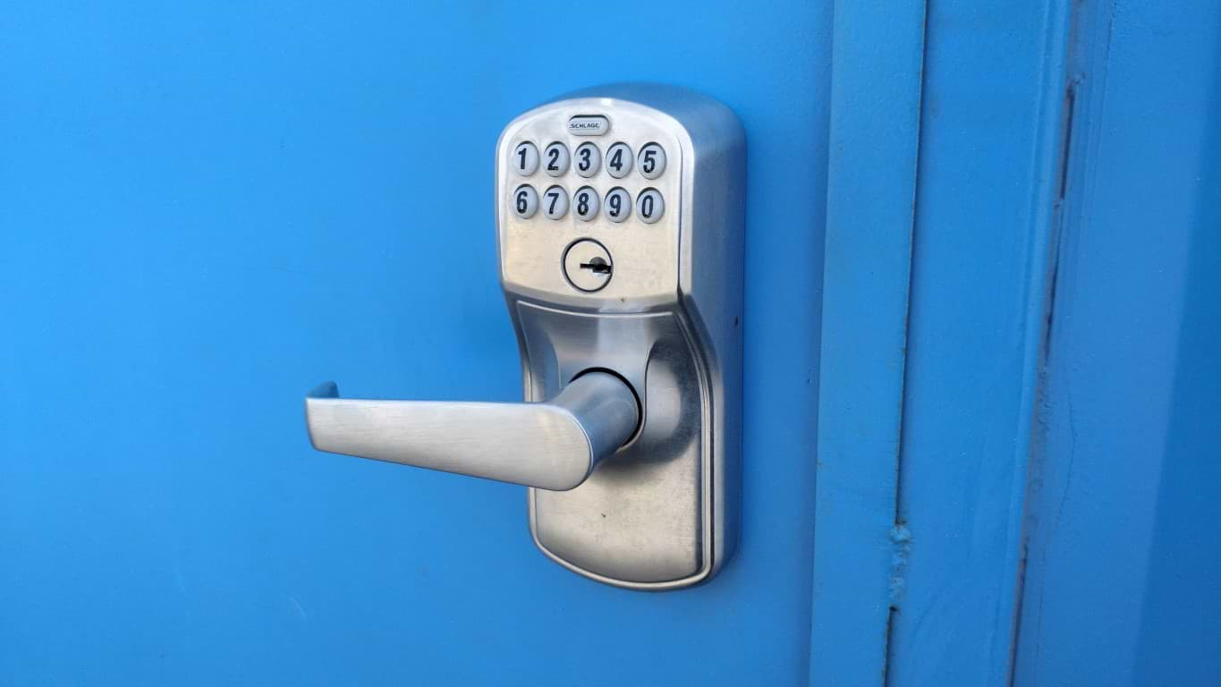 Keypad entry lock