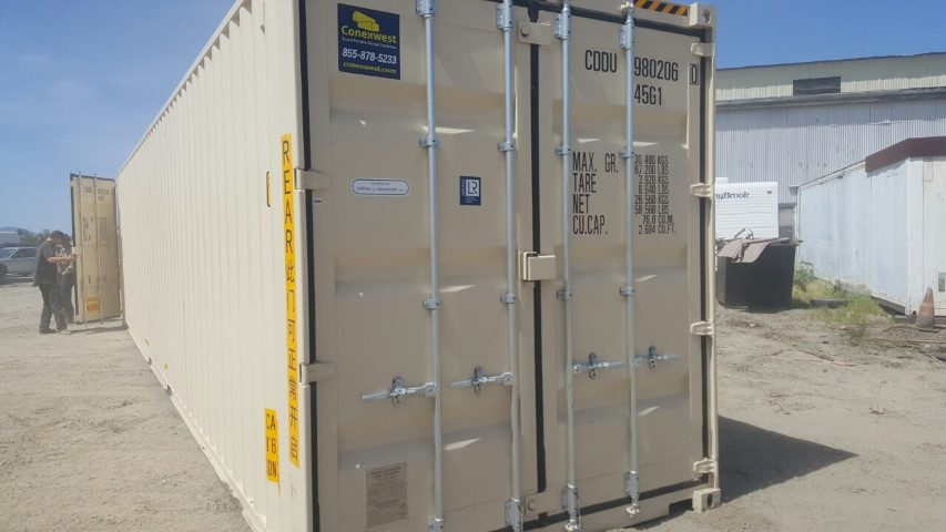 40ft high cube storage container with doors on both ends for rent