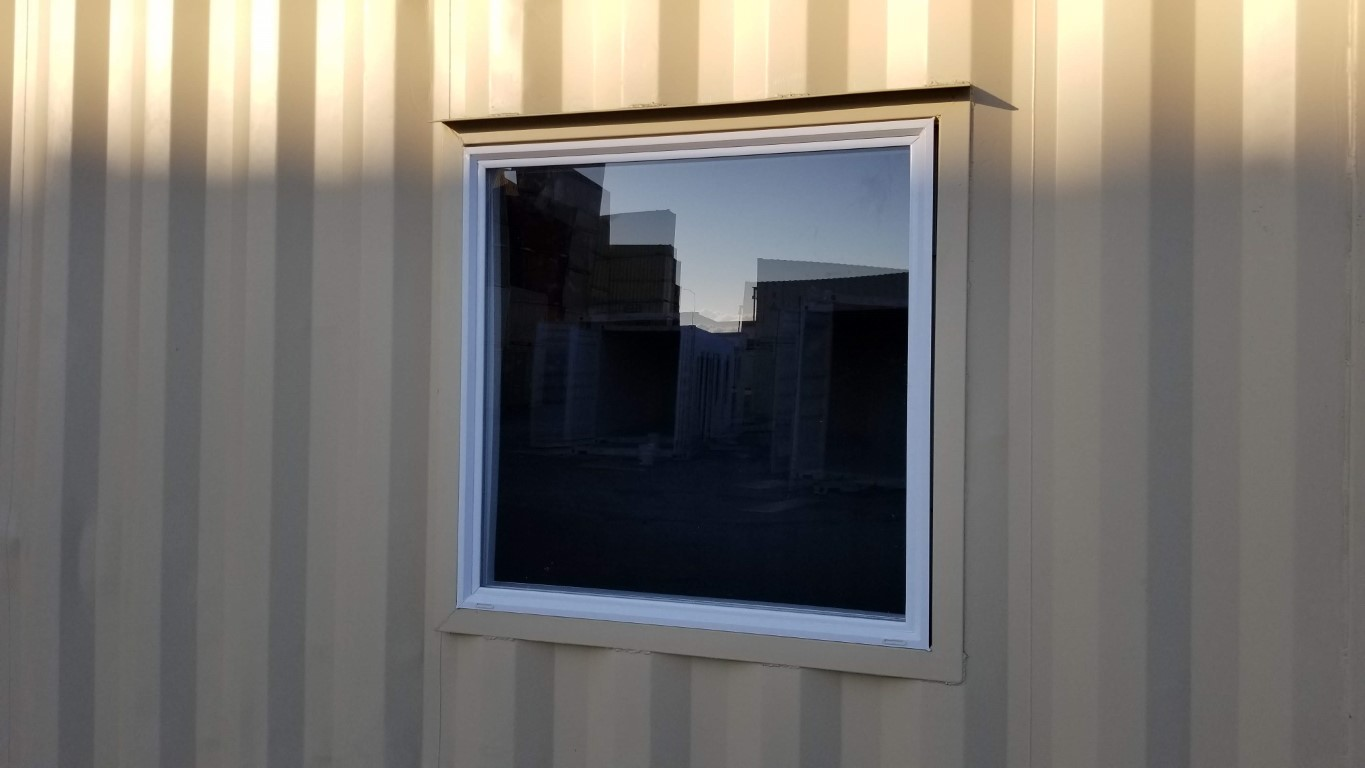 Double pane picture window
