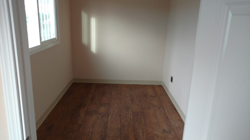 Laminate floors for shipping containers for sale