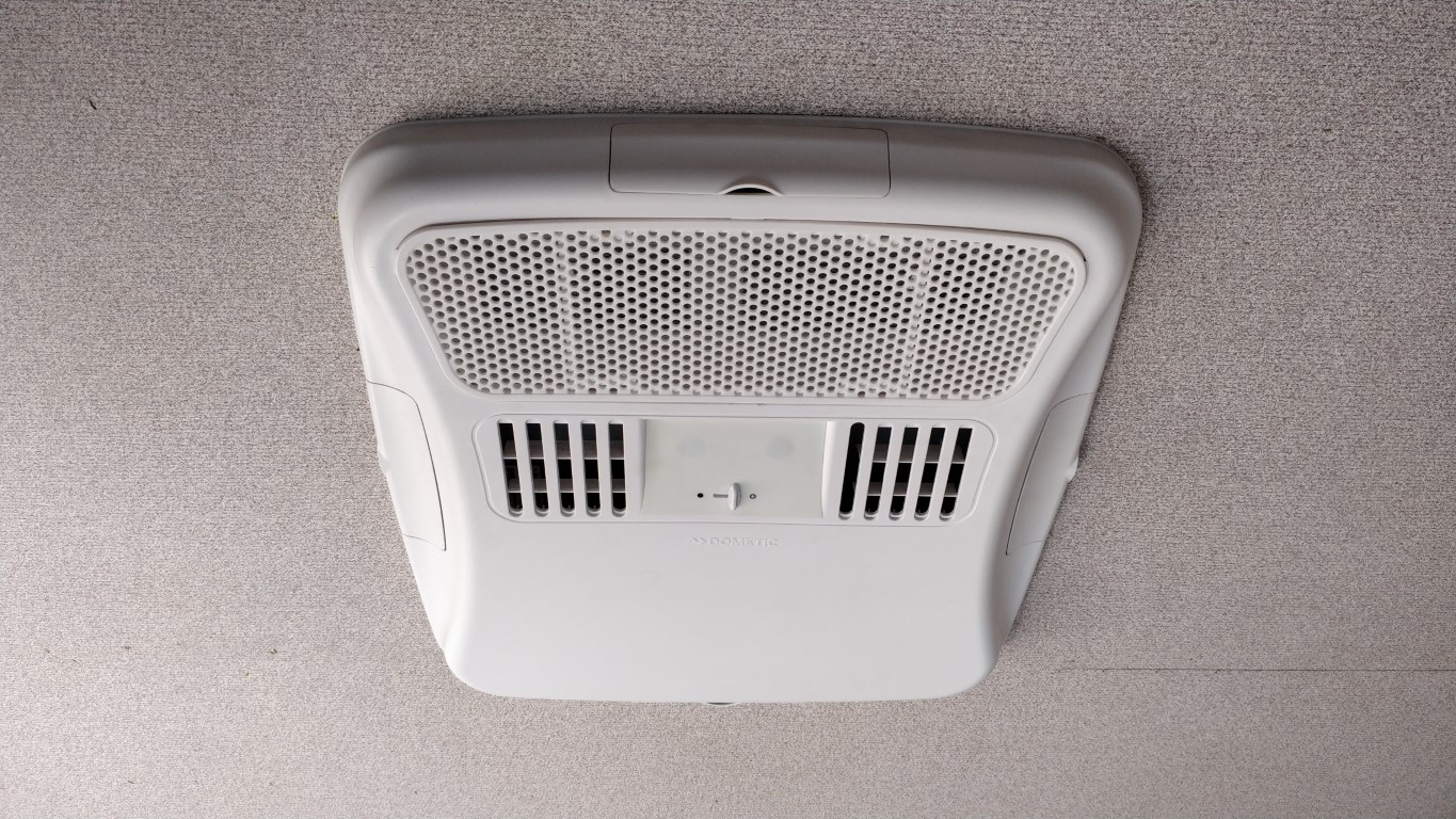 Roof mount AC