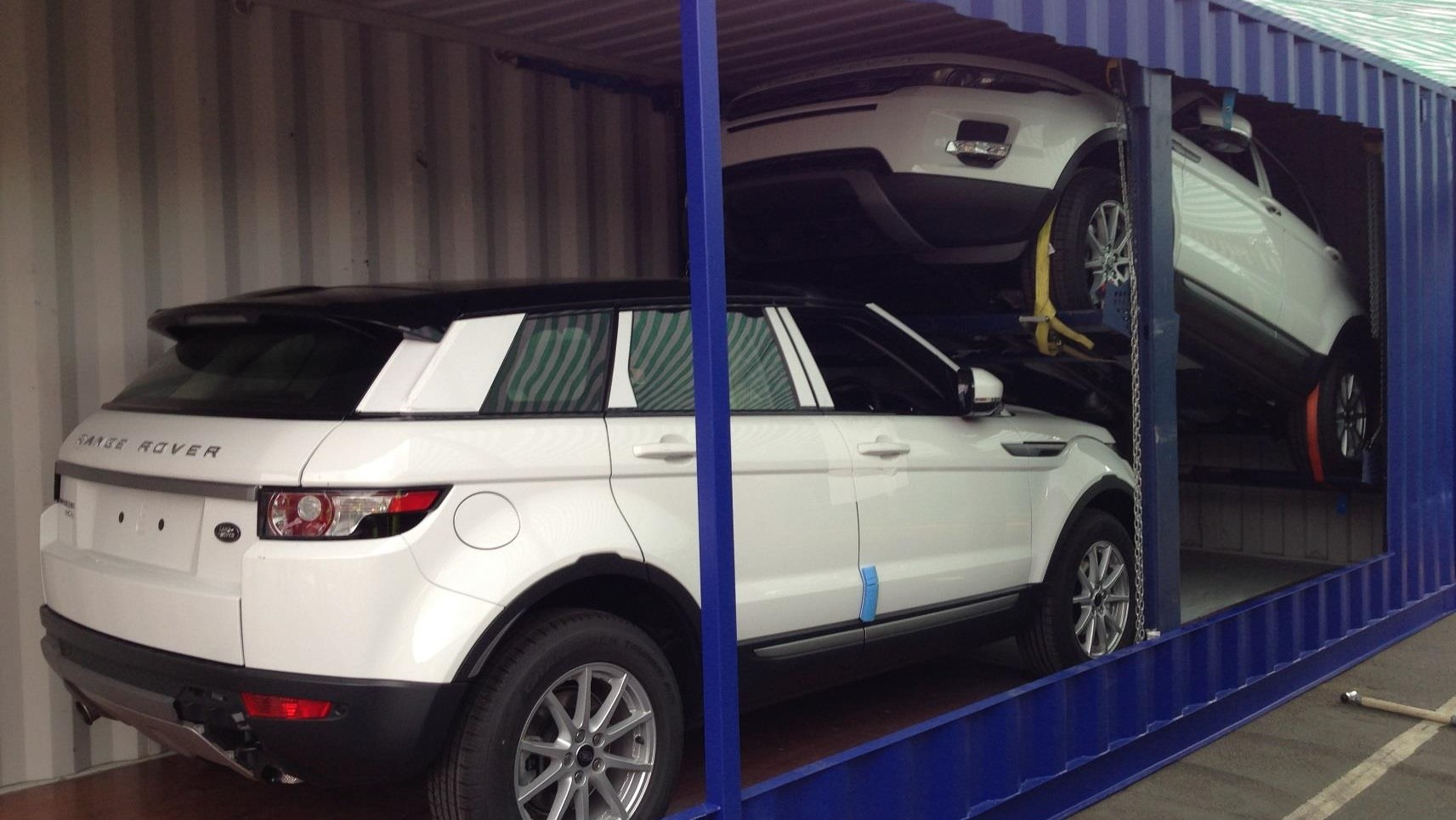 Shipping container car rack